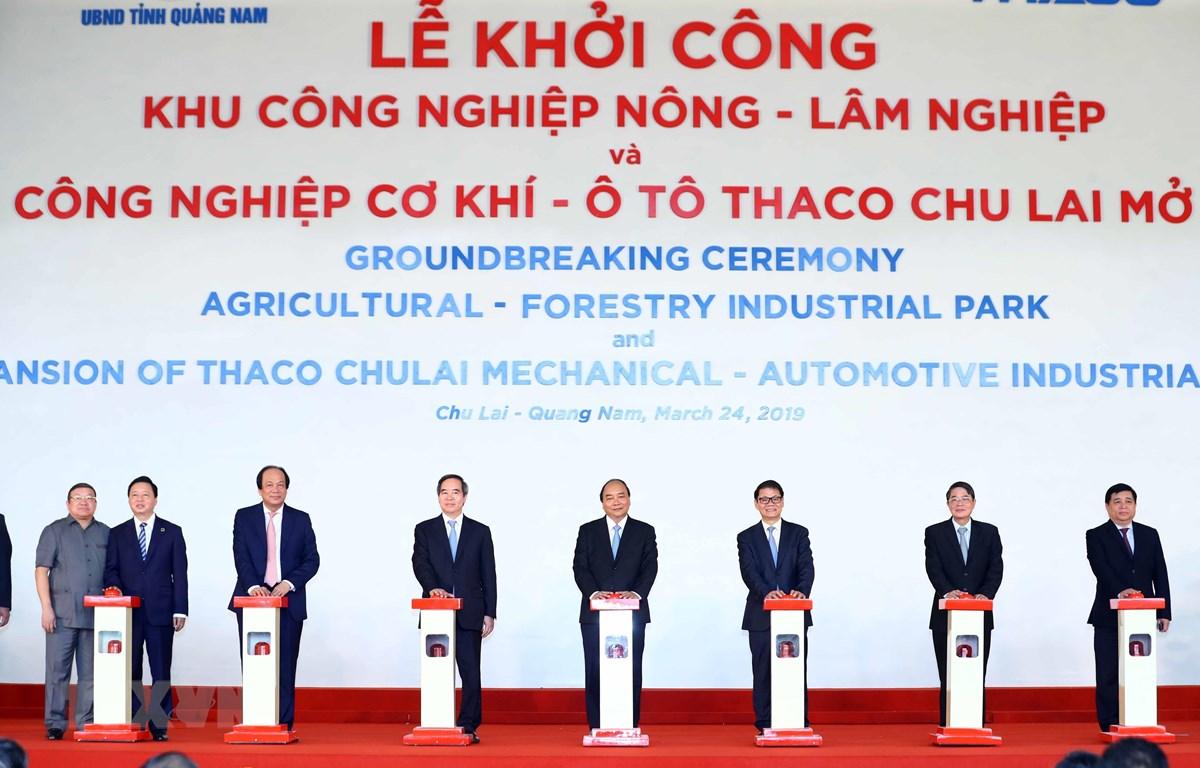 Thủ tướng Nguyễn Xuân Phúc dự Lễ khởi công dự án Khu công nghiệp Nông-Lâm nghiệp và Khu công nghiệp cơ khí ôtô Thaco Chu Lai mở rộng. (Ảnh: Thống Nhất/TTXVN)