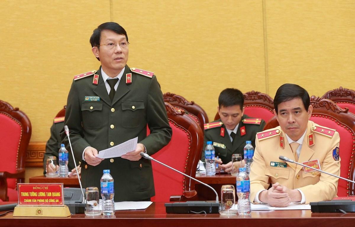 Trung tướng Lương Tam Quang, Chánh văn phòng Bộ Công an phát biểu. (Ảnh: Doãn Tấn/ TTXVN)