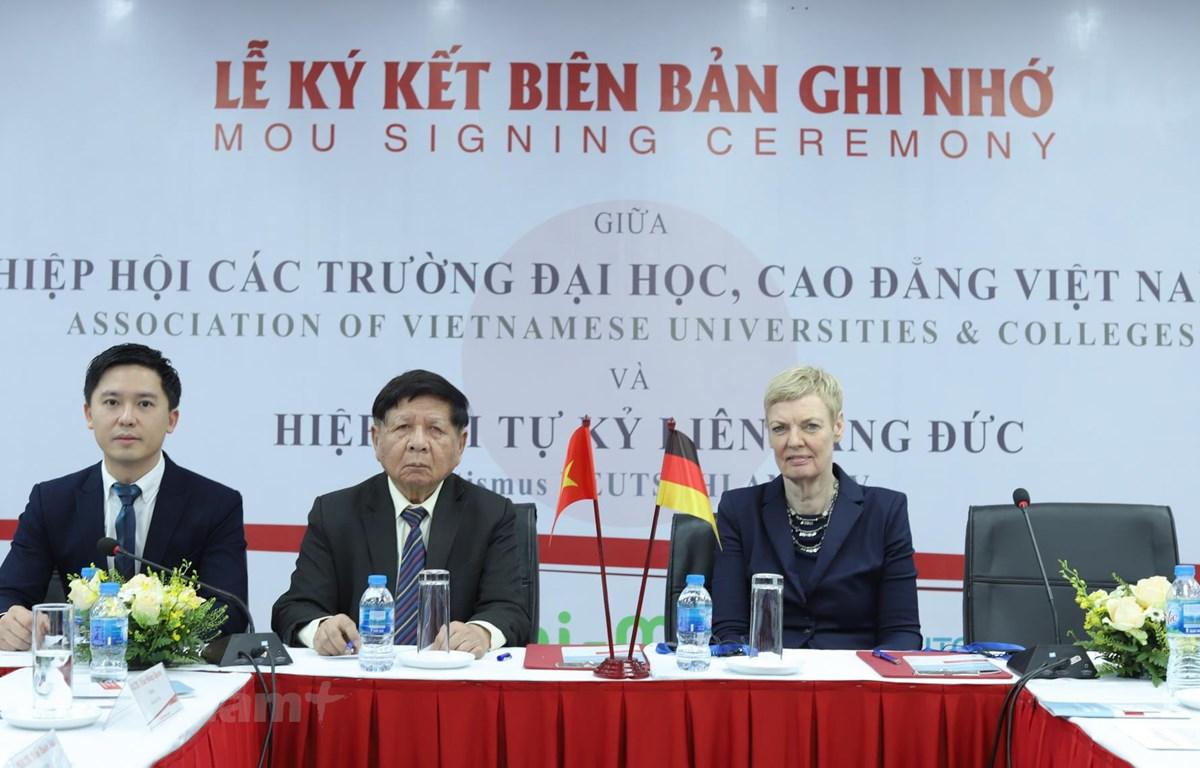 Quang cảnh lễ ký kết biên bản. (Nguồn: Vietnam+)