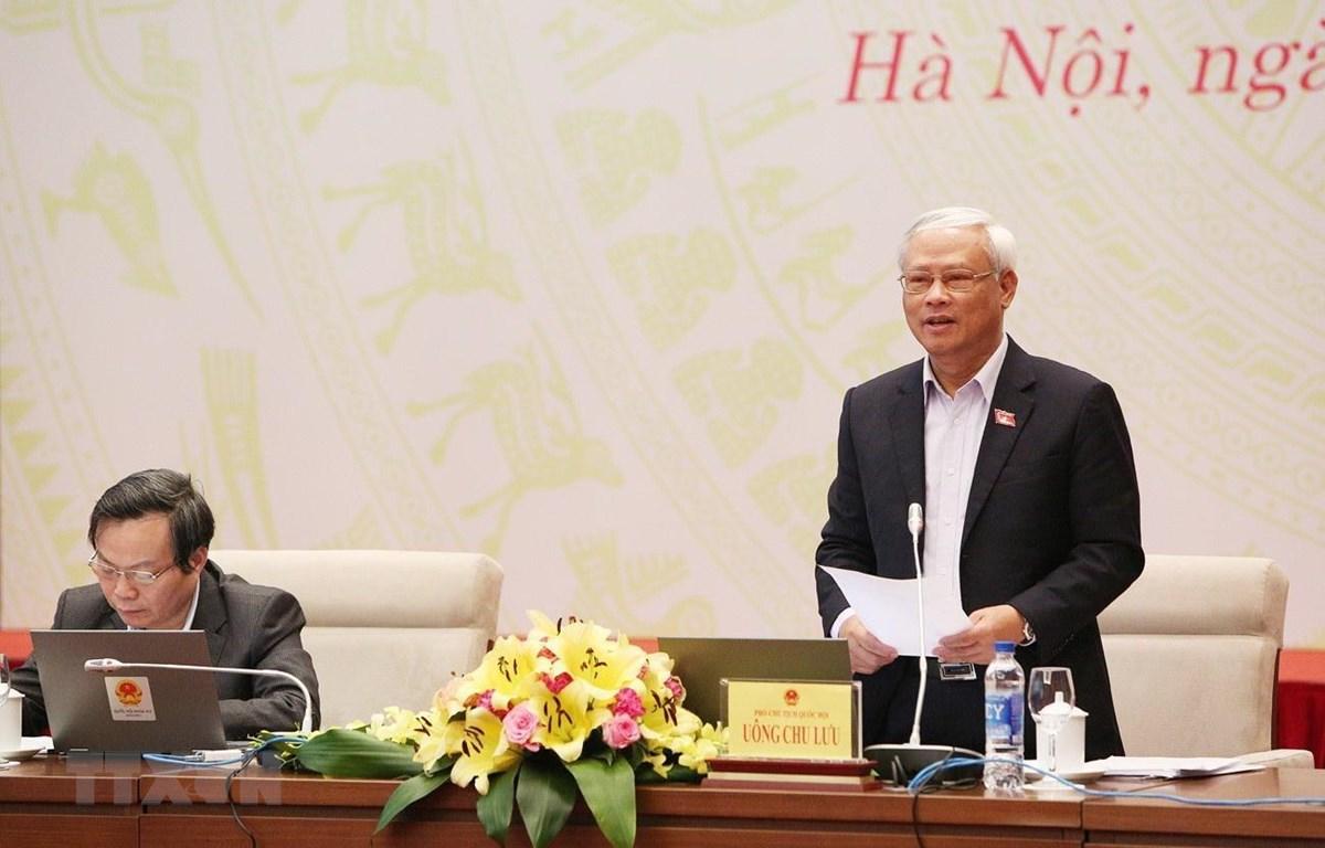 Phó Chủ tịch Quốc hội Uông Chu Lưu điều hành phiên thảo luận về dự án Luật Giáo dục (sửa đổi). (Ảnh: Dương Giang/TTXVN)