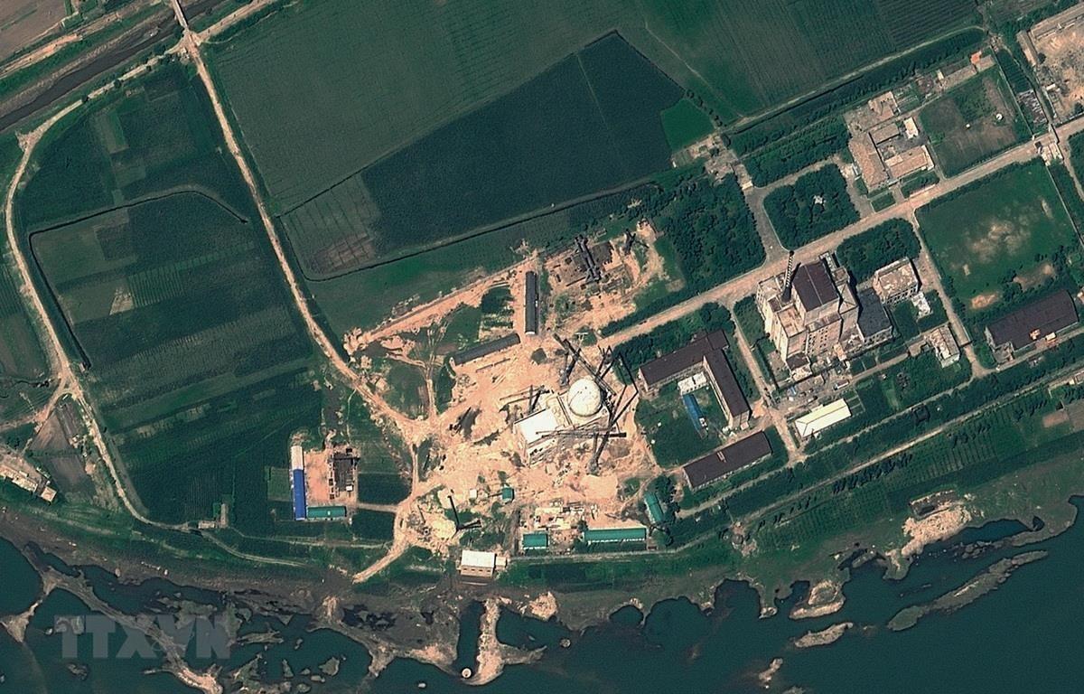 Hình ảnh vệ tinh chụp cơ sở hạt nhân Yongbyon, cách thủ đô Bình Nhưỡng của Triều Tiên 100km về phía bắc, ngày 22/8/2012. (Ảnh: AFP/ TTXVN)