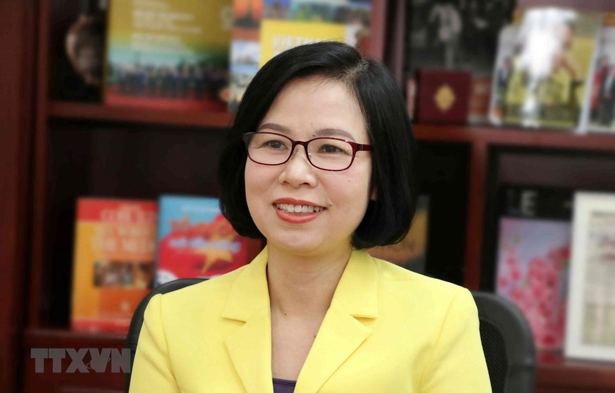 Phó Tổng Giám đốc Thông tấn xã Việt Nam Vũ Việt Trang trả lời phỏng vấn về Hội nghị Ban chấp hành OANA lần thứ 44. (Ảnh: Văn Điệp/TTXVN)