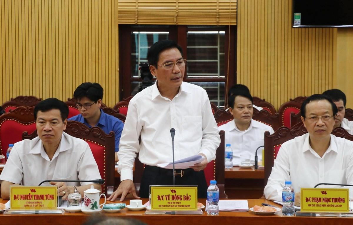 Ông Vũ Hồng Bắc, Chủ tịch Ủy ban Nhân dân tỉnh Thái Nguyên phát biểu tại buổi làm việc. (Ảnh: Thu Hằng/TTXVN)