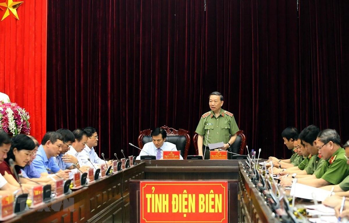 Ủy viên Bộ Chính trị, Bộ trưởng Bộ Công an, Đại tướng Tô Lâm phát biểu tại buổi làm việc. (Ảnh: Phan Tuấn Anh/TTXVN)