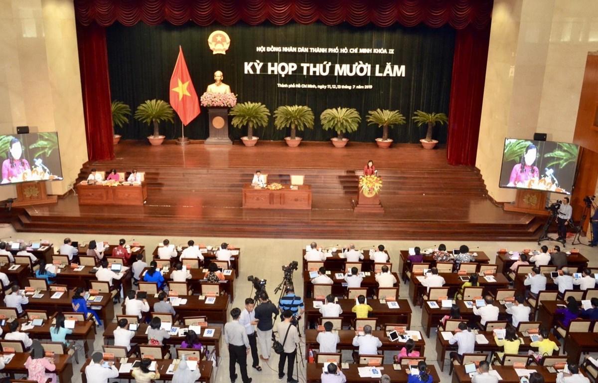 Toàn cảnh kỳ họp Hội đồng Nhân dân Thành phố Hồ Chí Minh khóa IX. (Ảnh: Thành Chung/TTXVN)