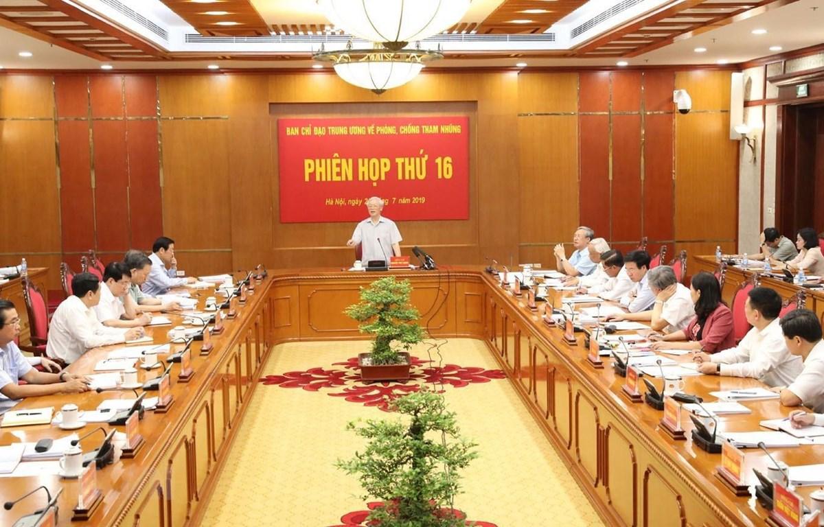 Tổng Bí thư, Chủ tịch nước Nguyễn Phú Trọng phát biểu kết luận phiên họp. (Ảnh: Trí Dũng/TTXVN)