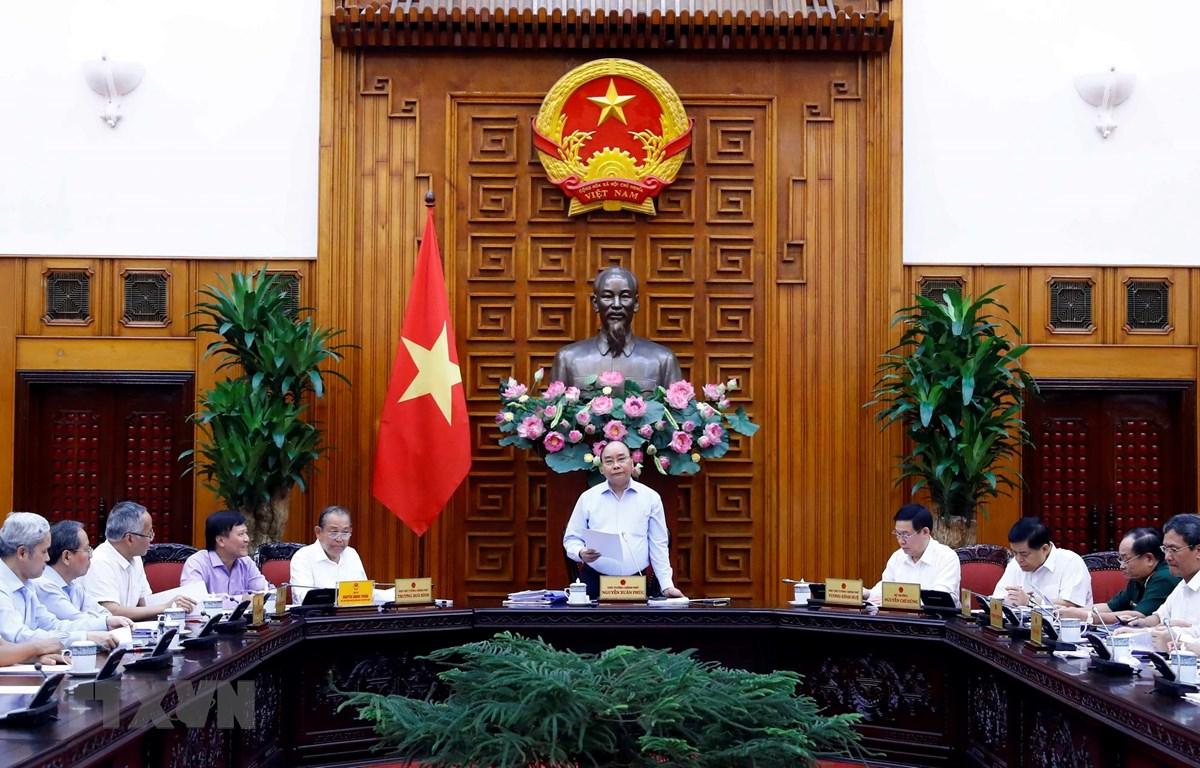 Thủ tướng Nguyễn Xuân Phúc, Trưởng Tiểu ban Kinh tế-Xã hội Đại hội đại biểu toàn quốc lần thứ XIII của Đảng phát biểu. (Ảnh: Thống Nhất/TTXVN)