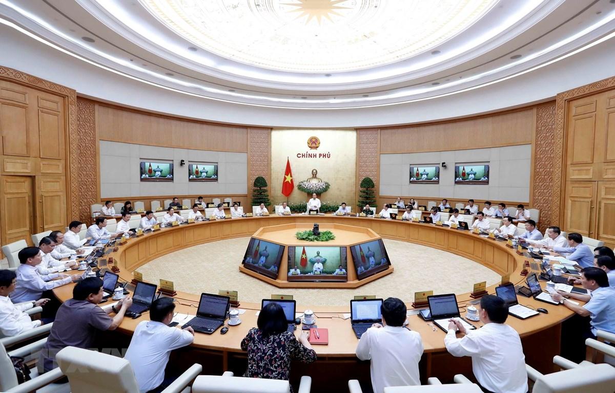 Thủ tướng Nguyễn Xuân Phúc chủ trì Phiên họp Chính phủ thường kỳ tháng 8 năm 2019. (Ảnh: Thống Nhất/TTXVN)