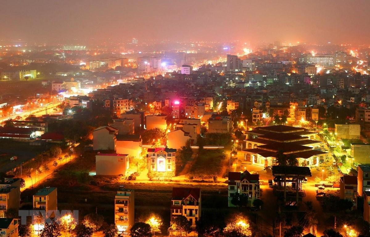 Thành phố Hải Dương về đêm. (Ảnh: Huy Hùng/TTXVN)