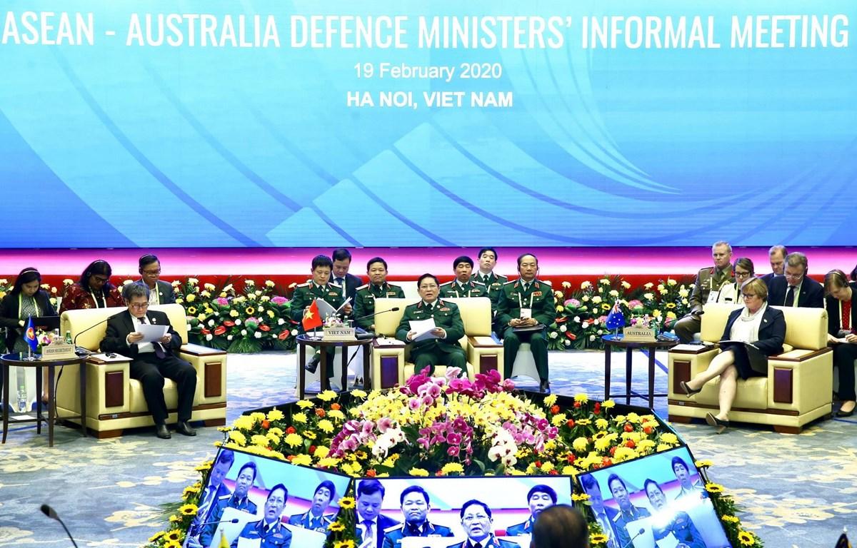 Quang cảnh cuộc gặp không chính thức Bộ trưởng Quốc phòng ASEAN-Australia. (Ảnh: Dương Giang/TTXVN)