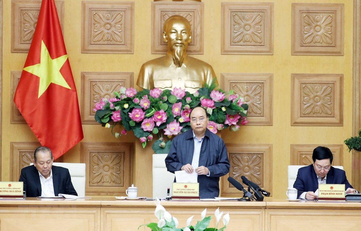 Thủ tướng Nguyễn Xuân Phúc phát biểu tại phiên họp. (Ảnh: Thống Nhất/TTXVN)