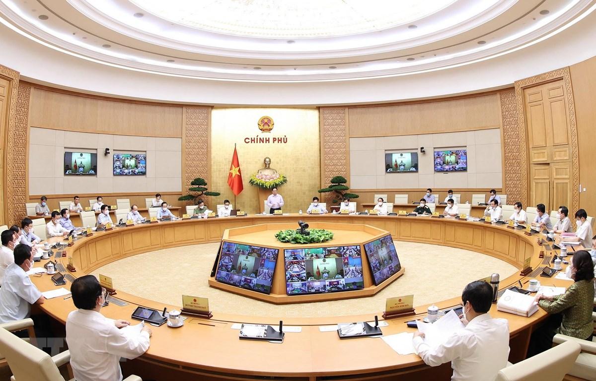 Quang cảnh cuộc họp trực tuyến Chính phủ với các địa phương. (Ảnh: Dương Giang/TTXVN)