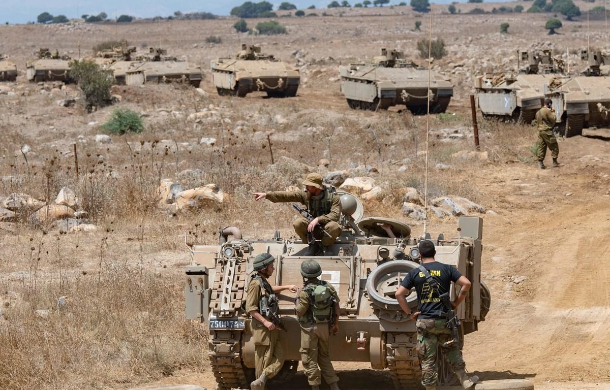 Binh sỹ Israel tham gia huấn luyện trên vùng đất chiếm đóng của Cao nguyên Golan tháng 8/2018. (Ảnh: THX/TTXVN)