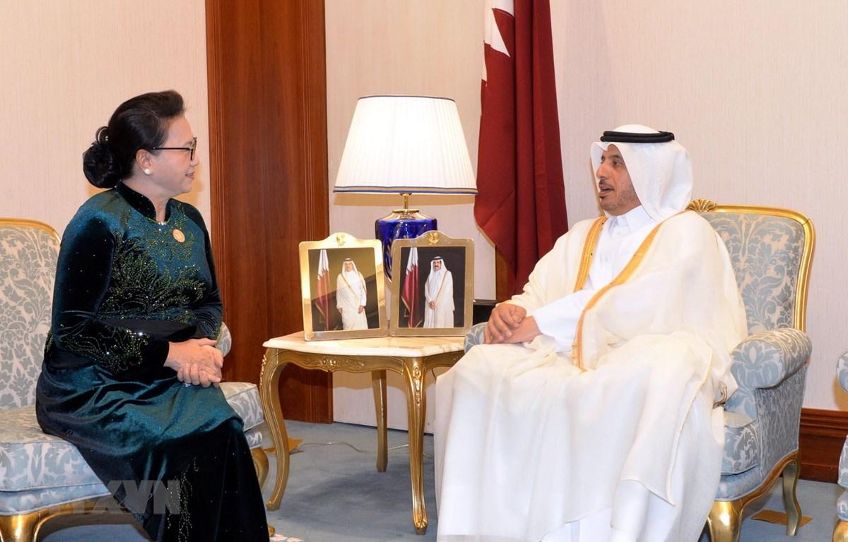 Chủ tịch Quốc hội Nguyễn Thị Kim Ngân hội kiến Thủ tướng Qatar Abdullah bin Nasser bin Khalifa Al Thani. (Ảnh: Trọng Đức/TTXVN)