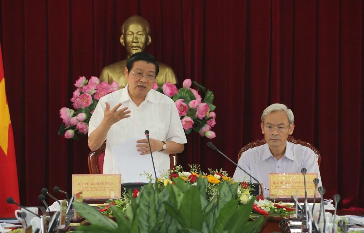 Bí thư Trung ương Đảng, Trưởng Ban Nội chính Trung ương Phan Đình Trạc phát biểu tại buổi làm việc với Ban Thường vụ Tỉnh ủy Đồng Nai. (Ảnh: Sỹ Tuyên/TTXVN)