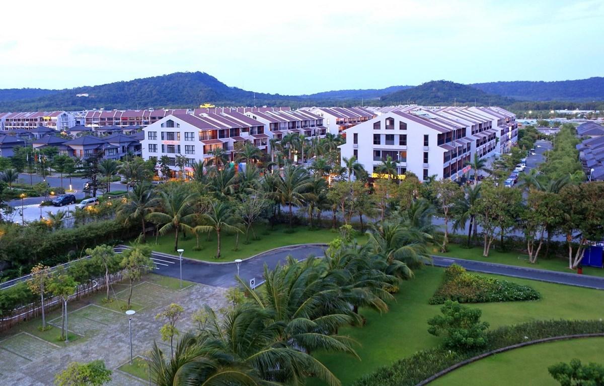 Một góc khu nghỉ dưỡng ở xã Dương Tơ, Phú Quốc. (Ảnh: Ngọc Hà/TTXVN)