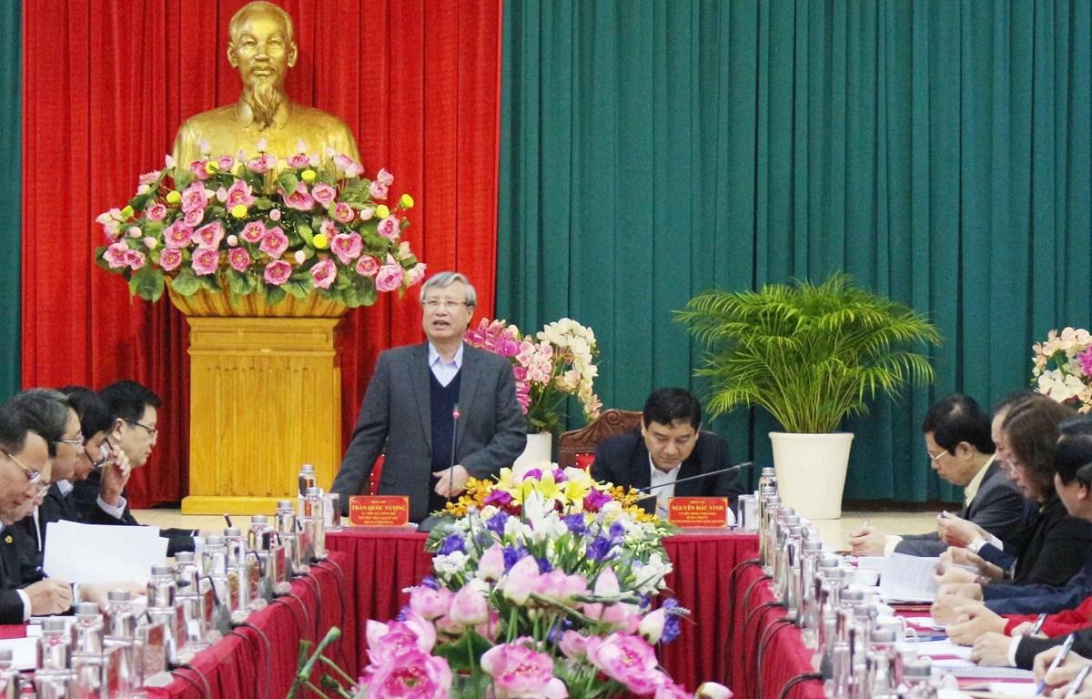Thường trực Ban Bí thư Trần Quốc Vượng phát biểu tại buổi làm việc. (Ảnh: Nguyễn Oanh/TTXVN)
