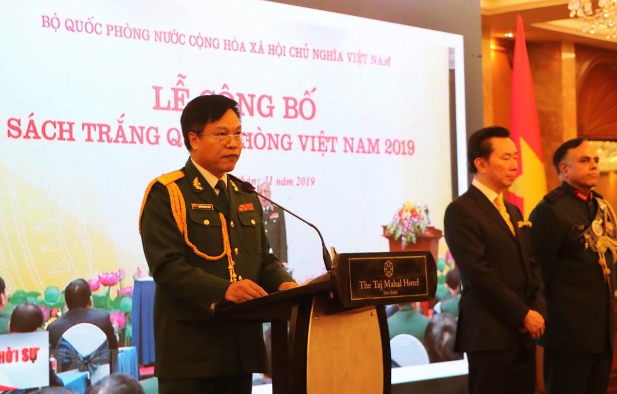 Đại tá Nguyễn Quang Chiến - Tùy viên Quốc phòng Việt Nam tại Ấn Độ phát biểu tại buổi lễ. (Ảnh; Huy Lê/TTXVN)