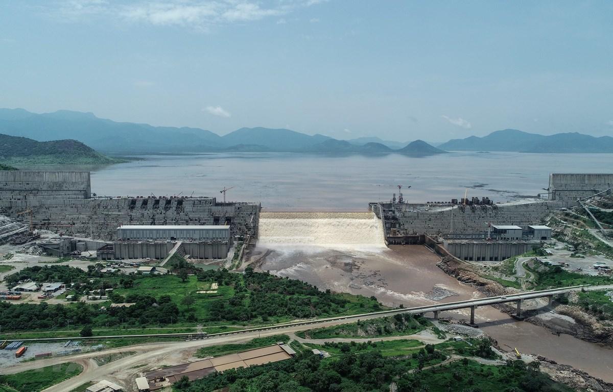 Toàn cảnh công trình xây dựng đập thủy điện Đại Phục Hưng ở Guba, Ethiopia ngày 20/7/2020. (Ảnh: AFP/TTXVN)