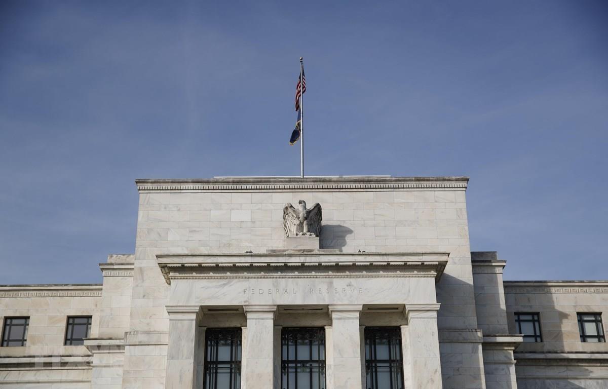 Bên ngoài trụ sở Cục Dự trữ Liên bang Mỹ ở Washington DC. (Ảnh: THX/TTXVN)