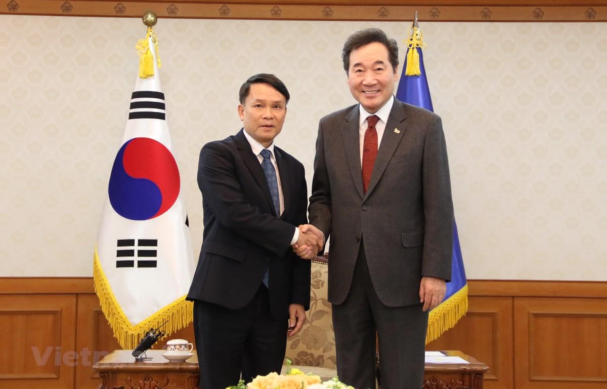 Thủ tướng Hàn Quốc Lee Nak-Yon đã tiếp Tổng Giám đốc TTXVN Nguyễn Đức Lợi cùng đoàn công tác tại Văn phòng Thủ tướng ở thủ đô Seoul. (Ảnh: Mạnh Hùng/Vietnam+)