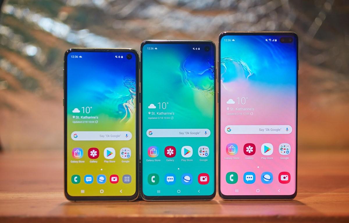 Bộ ba mẫu điện thoại mới thuộc dòng Galaxy S10 của Samsung. (Nguồn: Cnet)