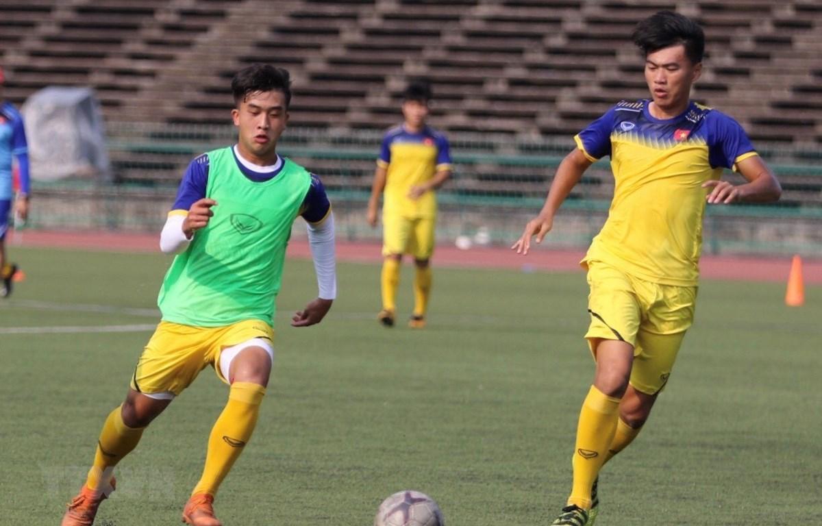 Đội tuyển U22 Việt Nam tập luyện chuẩn bị cho trận bán kết Giải bóng đá U22 Đông Nam Á 2019. (Nguồn: TTXVN)