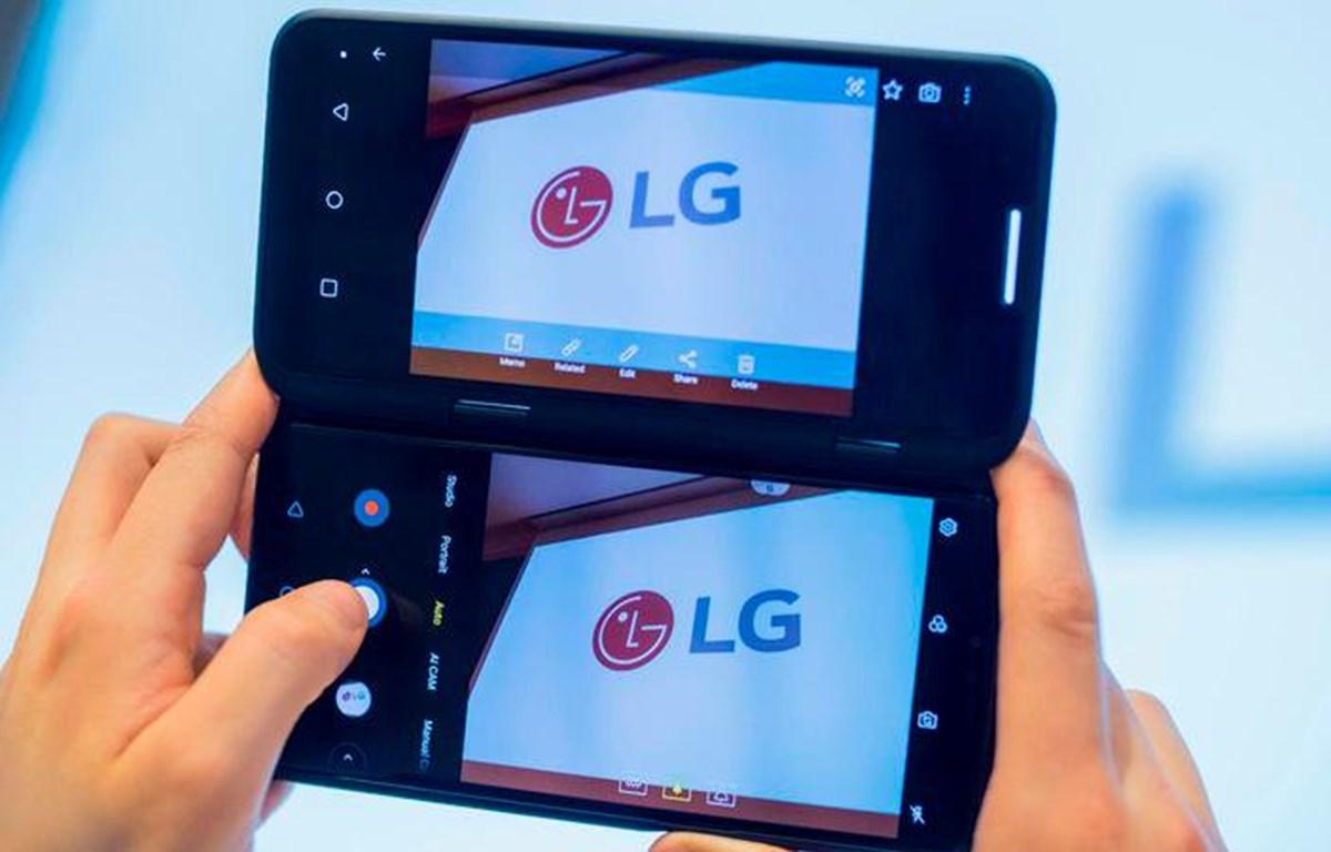 V50ThinQ hai màn hình. (Nguồn: MobilesZone)
