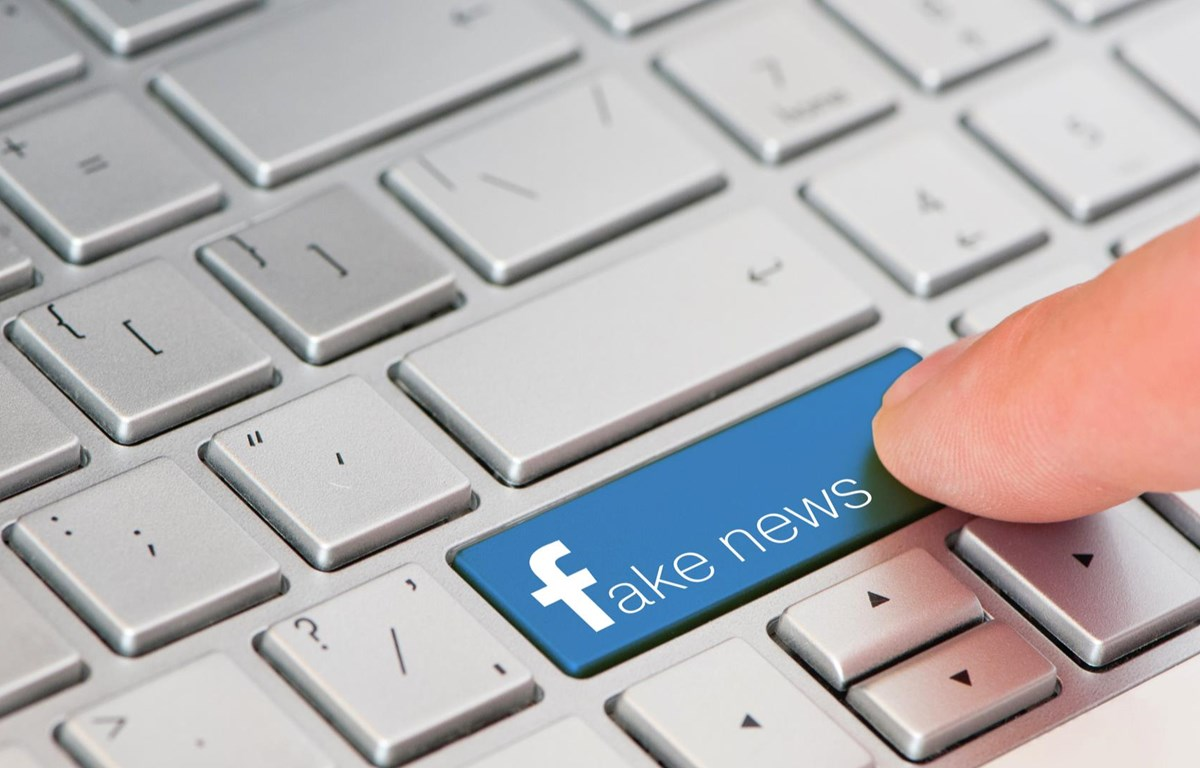 Facebook, Twitter và Google vẫn chưa làm đủ mạnh để chống lại những thông tin sai lệch trên các nền tảng của họ. (Nguồn: IT Pro)