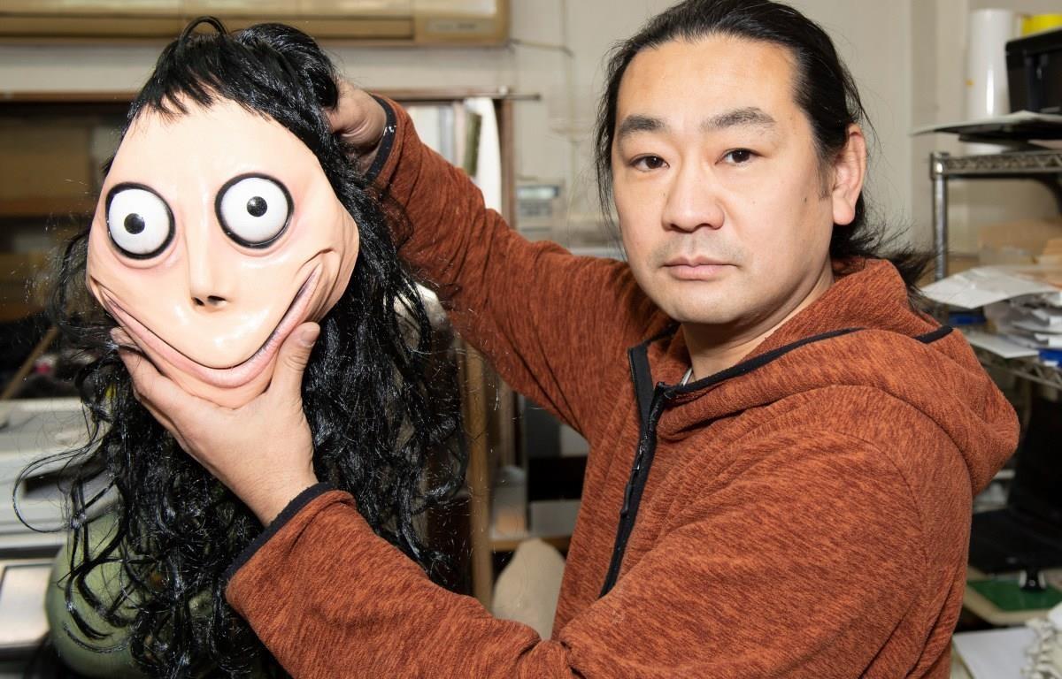 Nhà điêu khắc Nhật Bản Keisuke Aiso nói rằng ông cảm thấy có trách nhiệm khi trẻ em sợ hãi với tác phẩm của mình. (Nguồn: The Sun)
