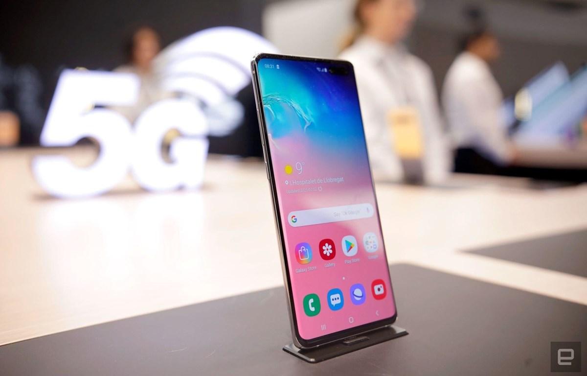 Mẫu điện thoại Samsung Galaxy S10. (Nguồn: Engadget)