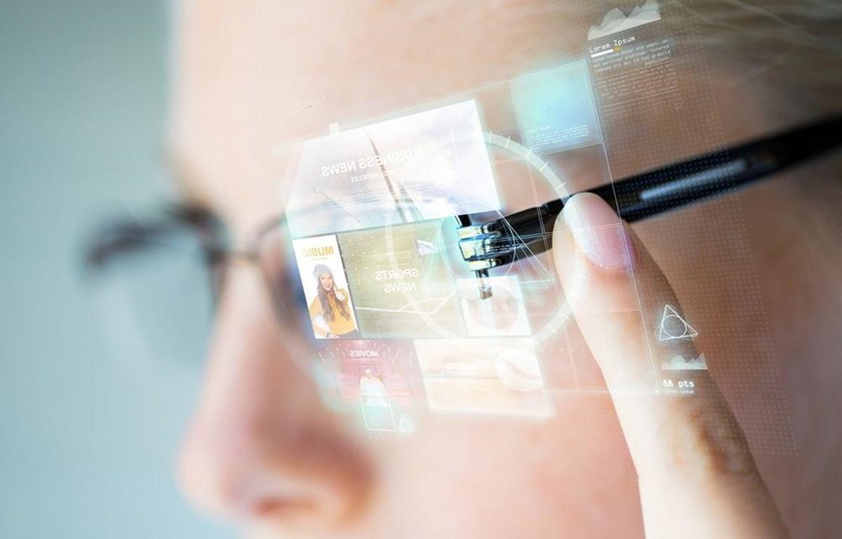 Apple được cho là đã phát triển thiết bị kính thực tế ảo từ lâu. Ảnh minh họa. (Nguồn: Windows Central)