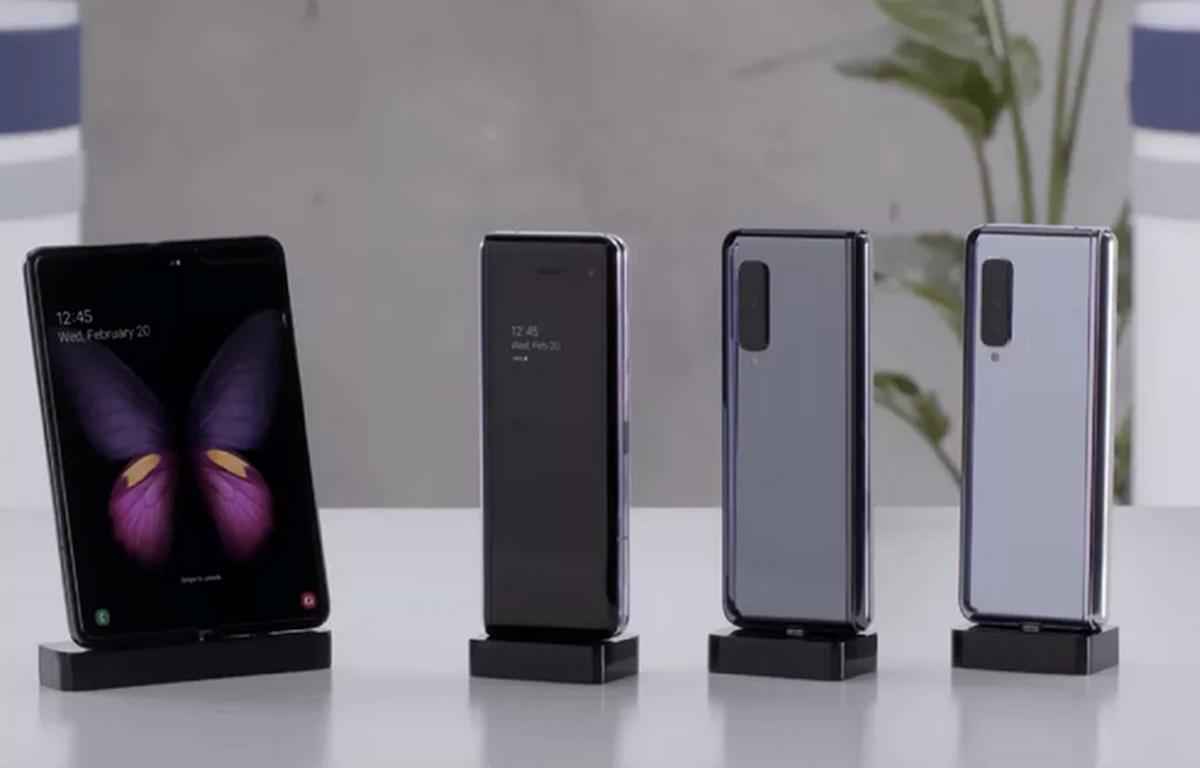 Mẫu điện thoại Samsung Galaxy Fold. (Nguồn: The Verge)