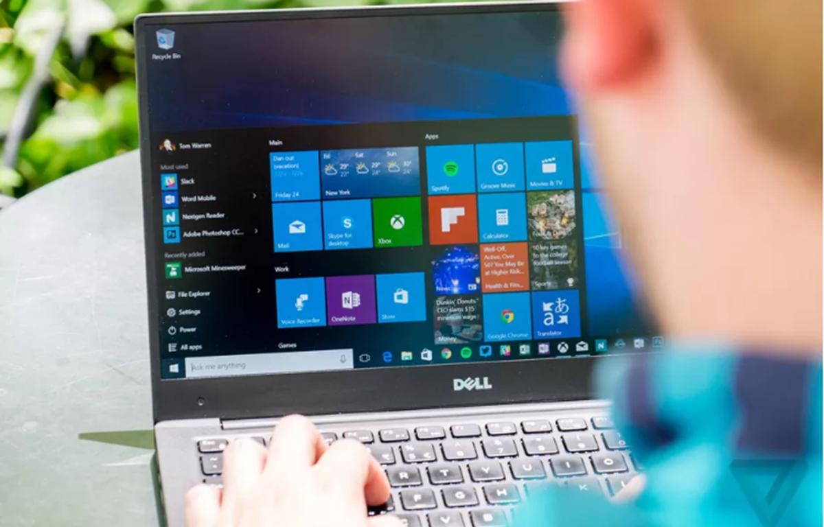 Windows 10 là hệ điều hành máy tính để bàn phổ biến nhất trên thế giới. (Nguồn: The Verge)
