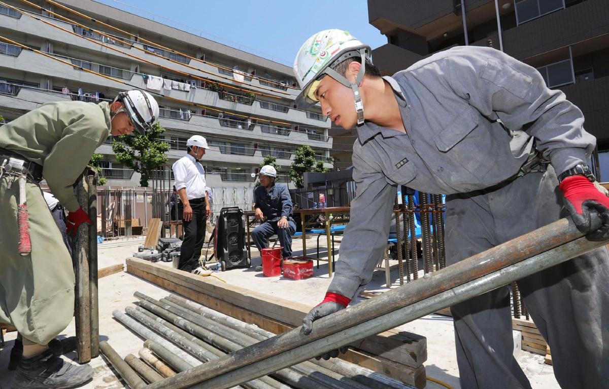Công nhân lao động ở một công trường ở Nhật Bản. (Nguồn: asia.nikkei.com)