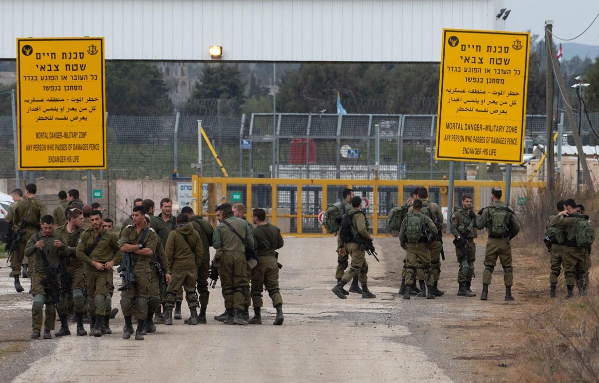 Binh sỹ Israel được triển khai tại cửa khẩu Quneitra ở Cao nguyên Golan do Israel chiếm đóng, ngày 23/3/2019. (Nguồn: THX/TTXVN)