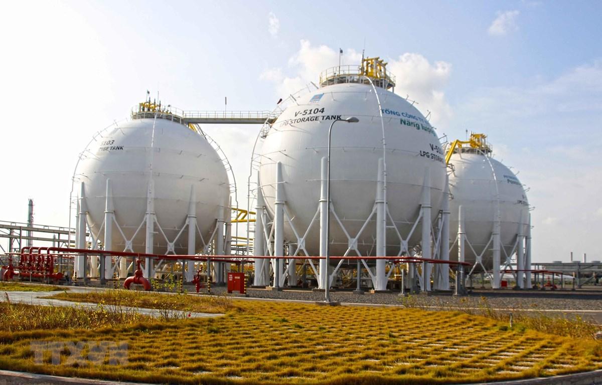 Nhà máy xử lý khí Cà Mau. (Ảnh: Huỳnh Thế Anh/TTXVN)