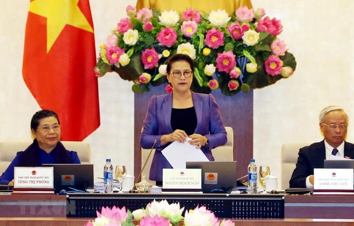 Chủ tịch Quốc hội Nguyễn Thị Kim Ngân phát biểu khai mạc Phiên họp thứ 33 của Ủy ban Thường vụ Quốc hội. (Ảnh: Trọng Đức/TTXVN)