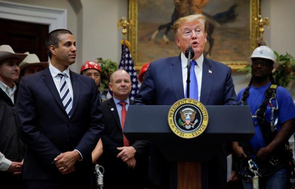 Tổng thống Mỹ Donald Trump công bố một số sáng kiến nhằm thúc đẩy mạng 5G ở Mỹ. (Nguồn: Reuters)