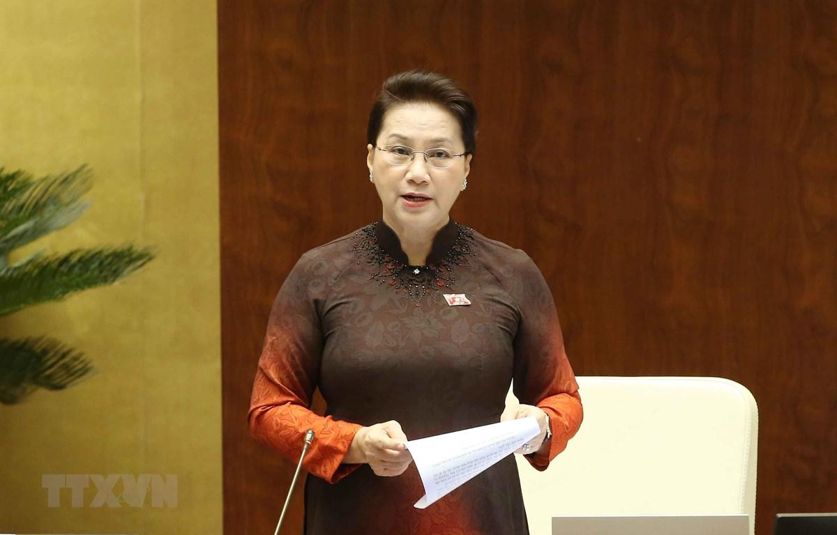 Chủ tịch Quốc hội phát biểu điều khiển phiên chất vấn và trả lời chất vấn. (Ảnh: Doãn Tấn/TTXVN)