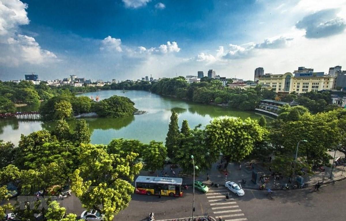 Hồ Hoàn Kiếm, trung tâm thủ đô Hà Nội. (Ảnh: Trọng Đạt/TTXVN)