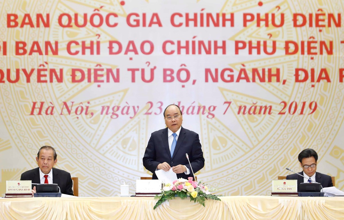 Thủ tướng Nguyễn Xuân Phúc, Chủ tịch Ủy ban Quốc gia Chính phủ điện tử phát biểu. (Ảnh: Thống Nhất/TTXVN)