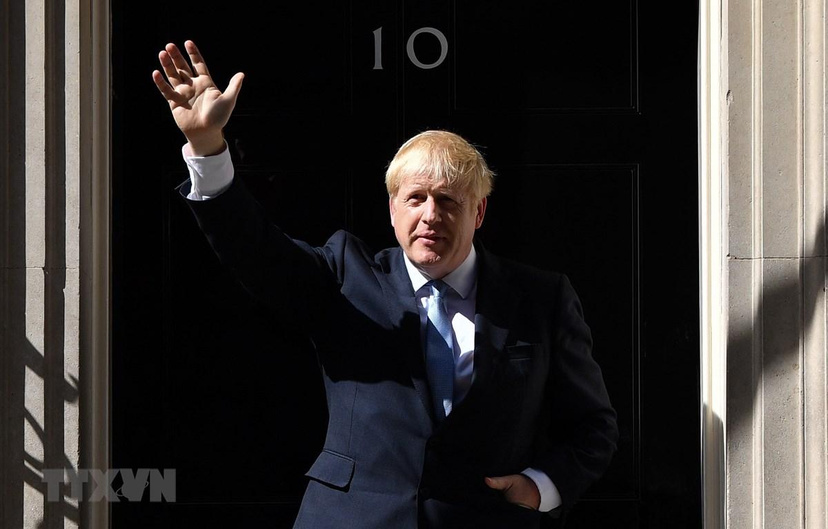 Tân Thủ tướng Anh Boris Johnson tại số 10 phố Downing ở thủ đô London ngày 24/7/2019. (Ảnh: THX/TTXVN)