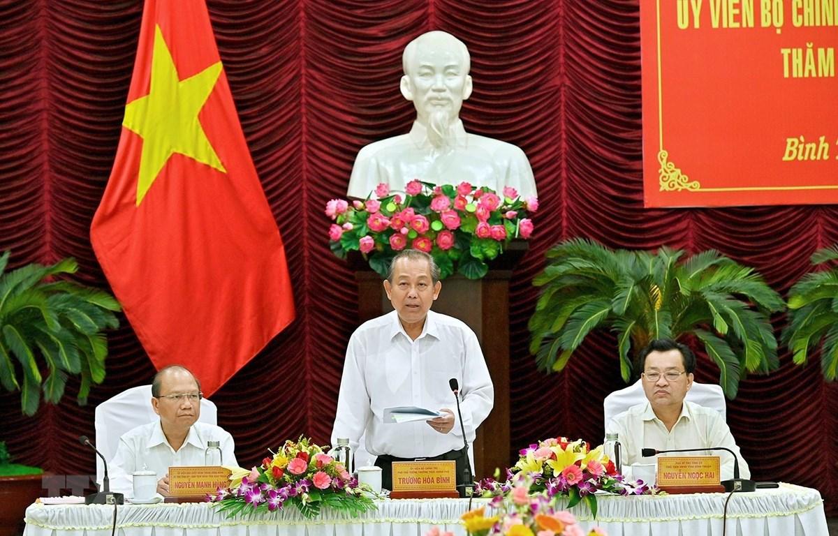 Phó Thủ tướng Chính phủ Trương Hòa Bình phát biểu tại buổi làm việc. (Ảnh: Nguyễn Thanh/TTXVN)