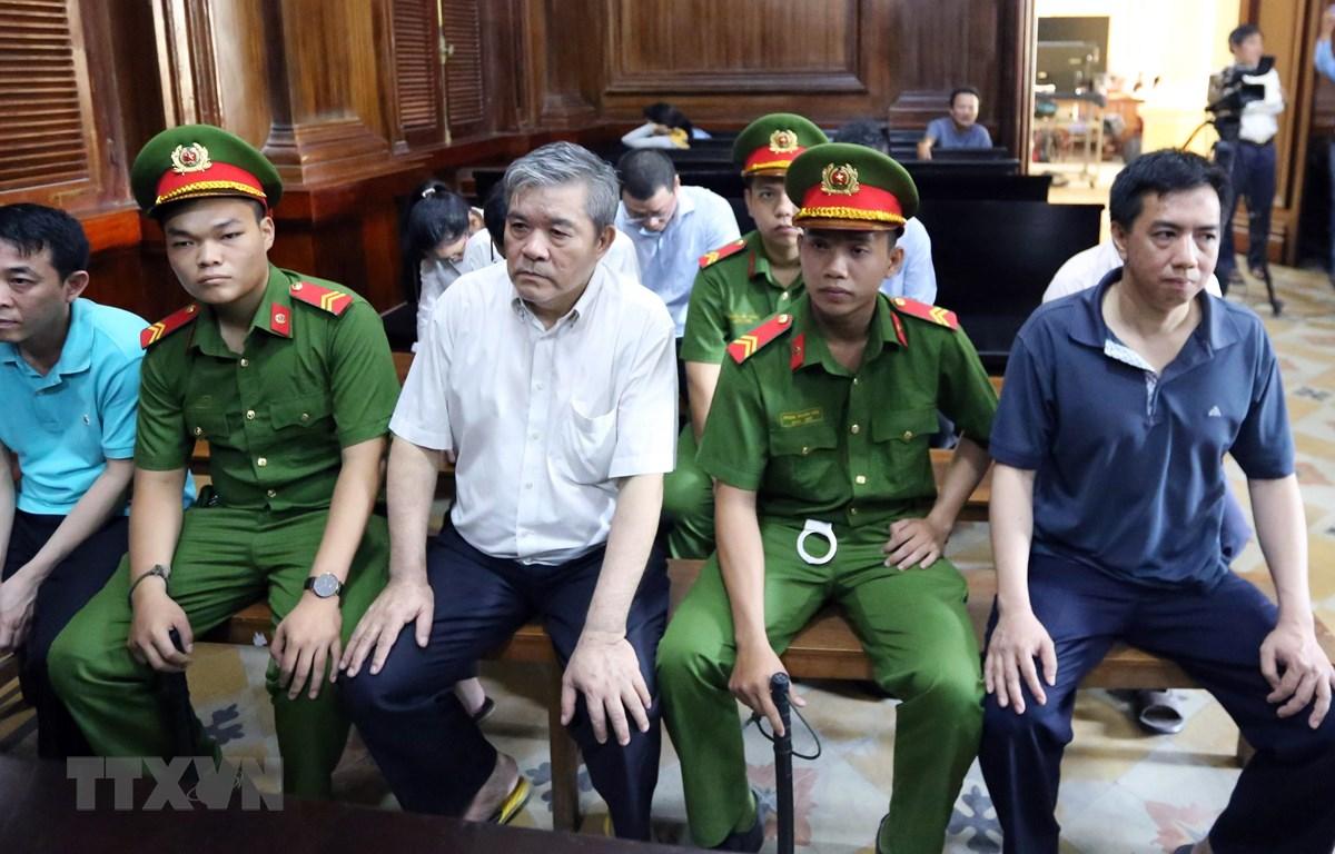 Các bị cáo tại phiên tòa ngày 25/9/2019. (Ảnh: Thành Chung/TTXVN)