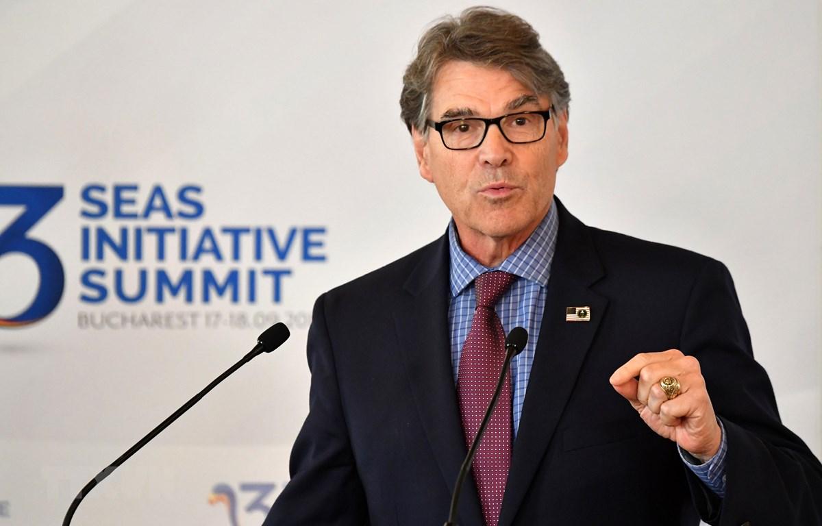 Bộ trưởng Năng lượng Mỹ Rick Perry phát biểu tại một hội nghị ở Bucharest, Romania, ngày 18/9. (Nguồn: AFP/TTXVN)