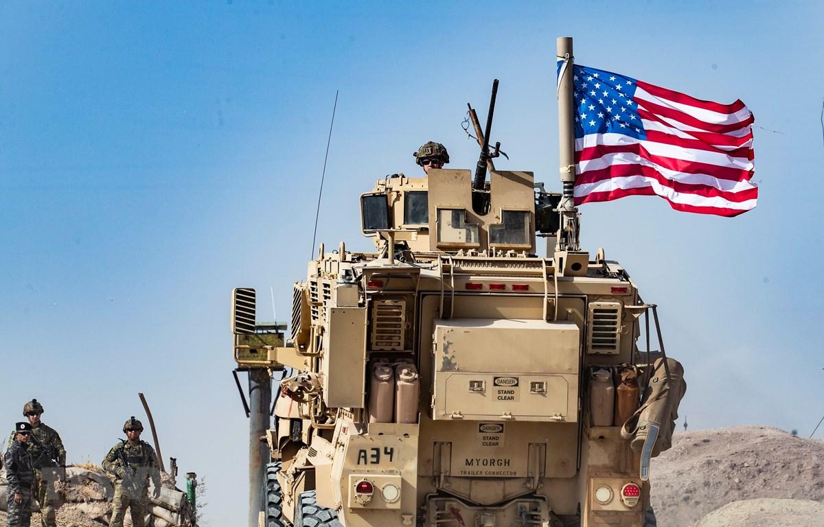 Binh sỹ Mỹ làm nhiệm vụ tại thị trấn Ras al-Ain, tỉnh Hasakeh, Syria, ngày 6/10/2019. (Nguồn: AFP/TTXVN)