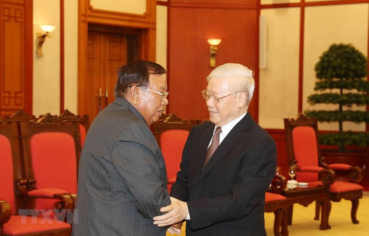 Tổng Bí thư, Chủ tịch nước Nguyễn Phú Trọng tiếp Tổng Bí thư, Chủ tịch nước Lào Bounnhang Vorachith. (Ảnh: Trí Dũng/TTXVN)