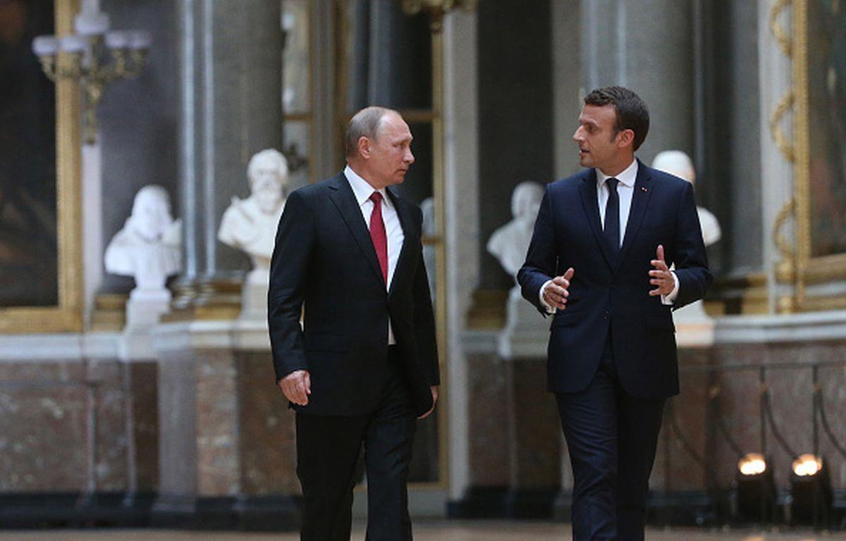 Tổng thống Nga Vladimir Putin và người đồng cấp Pháp Emmanuel Macron. (Nguồn: Getty Images)