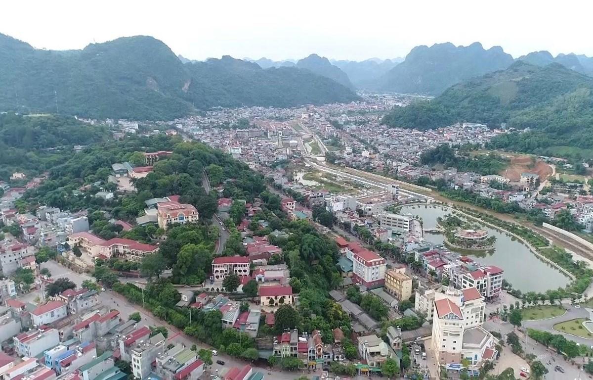Thành phố Sơn La nhìn từ trên cao. (Ảnh: Nguyễn Cường/TTXVN)